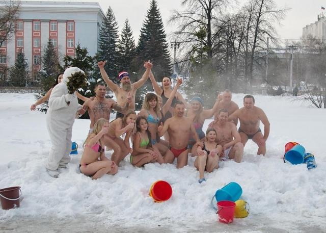 Учительница из Барнаула чуть не лишилась работы после публикации фото в купальнике всячина