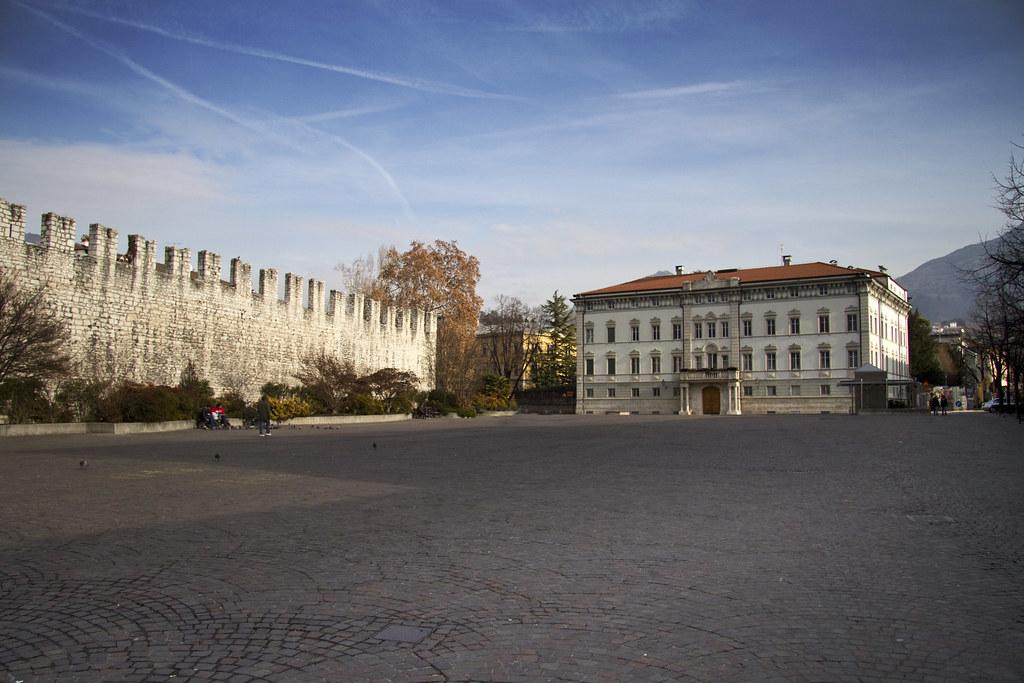 Что делать с большими площадями площадь