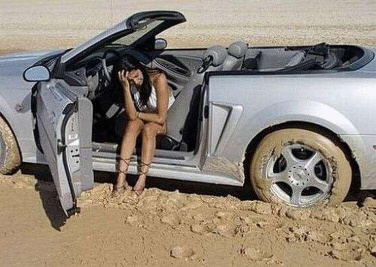 20 девушек, которых ни в коем случае нельзя было пускать за руль картинки