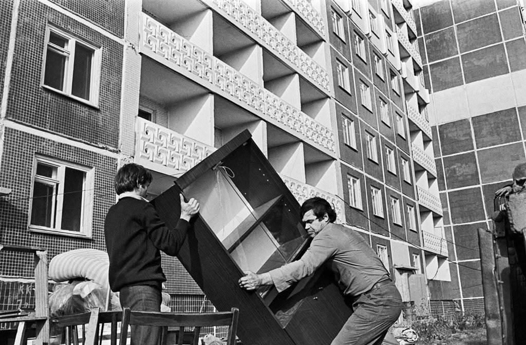 Как в СССР предоставляли бесплатное жильё: в деталях и на конкретных примерах дальние дали