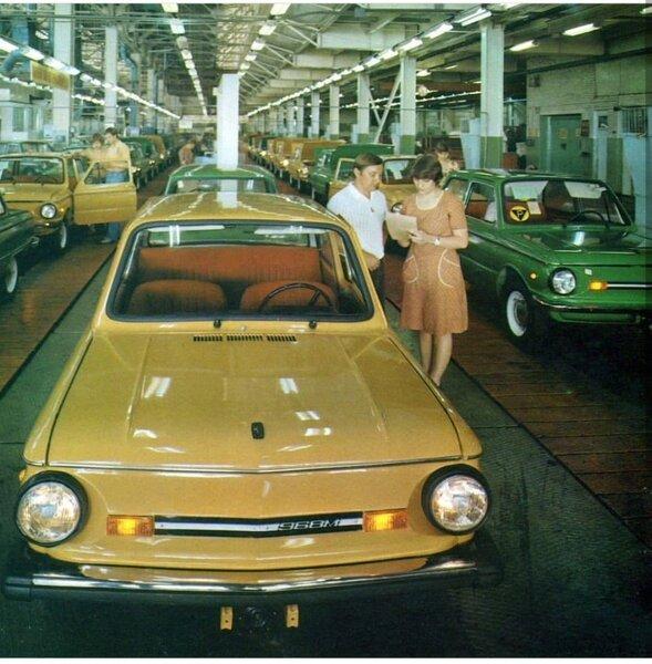 14 фотографий с автомобилями времен СССР авто