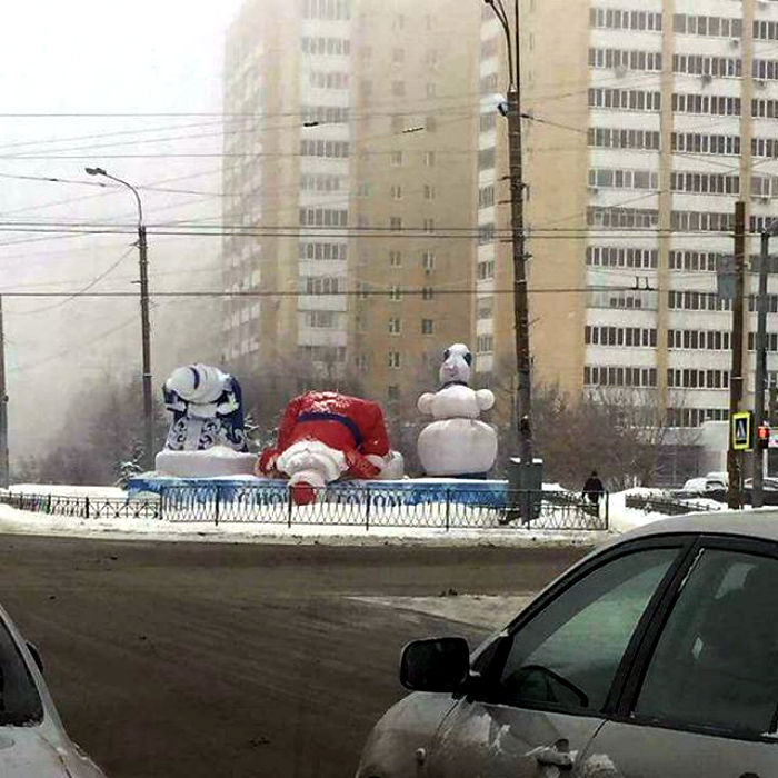 Выжить вопреки: 18 снимков о том, как народ обычно переживает зимние каникулы