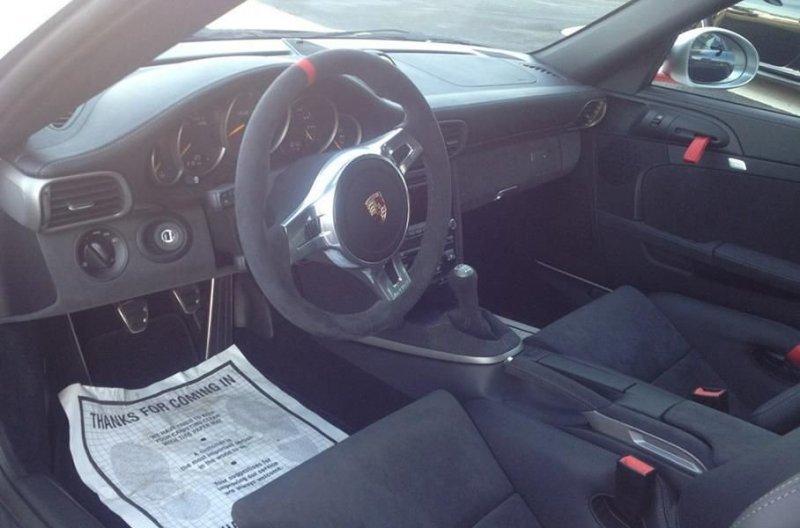 Почему не стоит доверять редкий Porsche подозрительным дальнобойщикам дтп