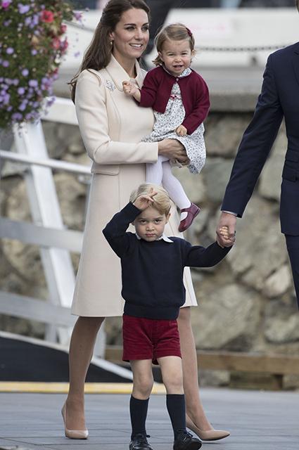 Кейт Миддлтон рассказала, каким рукоделием занимается со своими детьми монархии