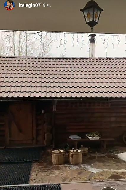 Баня, бассейн и криокамера: Иван Телегин и Пелагея отдыхают в Минске звездные пары
