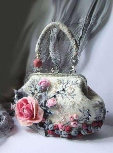 Шикарные цветочные сумочки в технике войлоковаляния handmake
